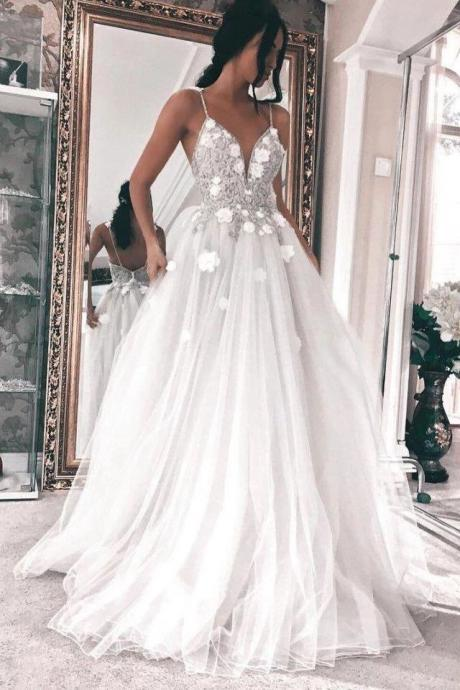 Gorgeous Spaghetti Straps Wedding Dress,Tulle Long Bridal Dresses with 3D Appliques,W2858