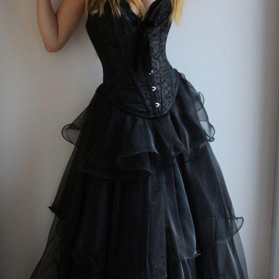 Victorian Black Wedding Dresses Sweetheart Lace Up Bridal Gowns,Off the shoulder Sweetheat Tiered Wedding Dress,P2892